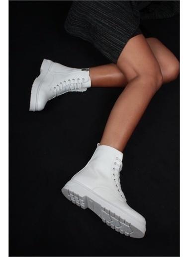 İnan Ayakkabı BAYAN BOT FERMUARLI Beyaz